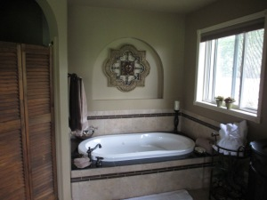 Jet tub in the Guest Room